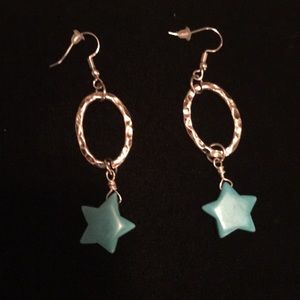 Pierced earrings with turquoise